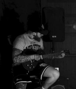 Ille – Rhythmusgitarre